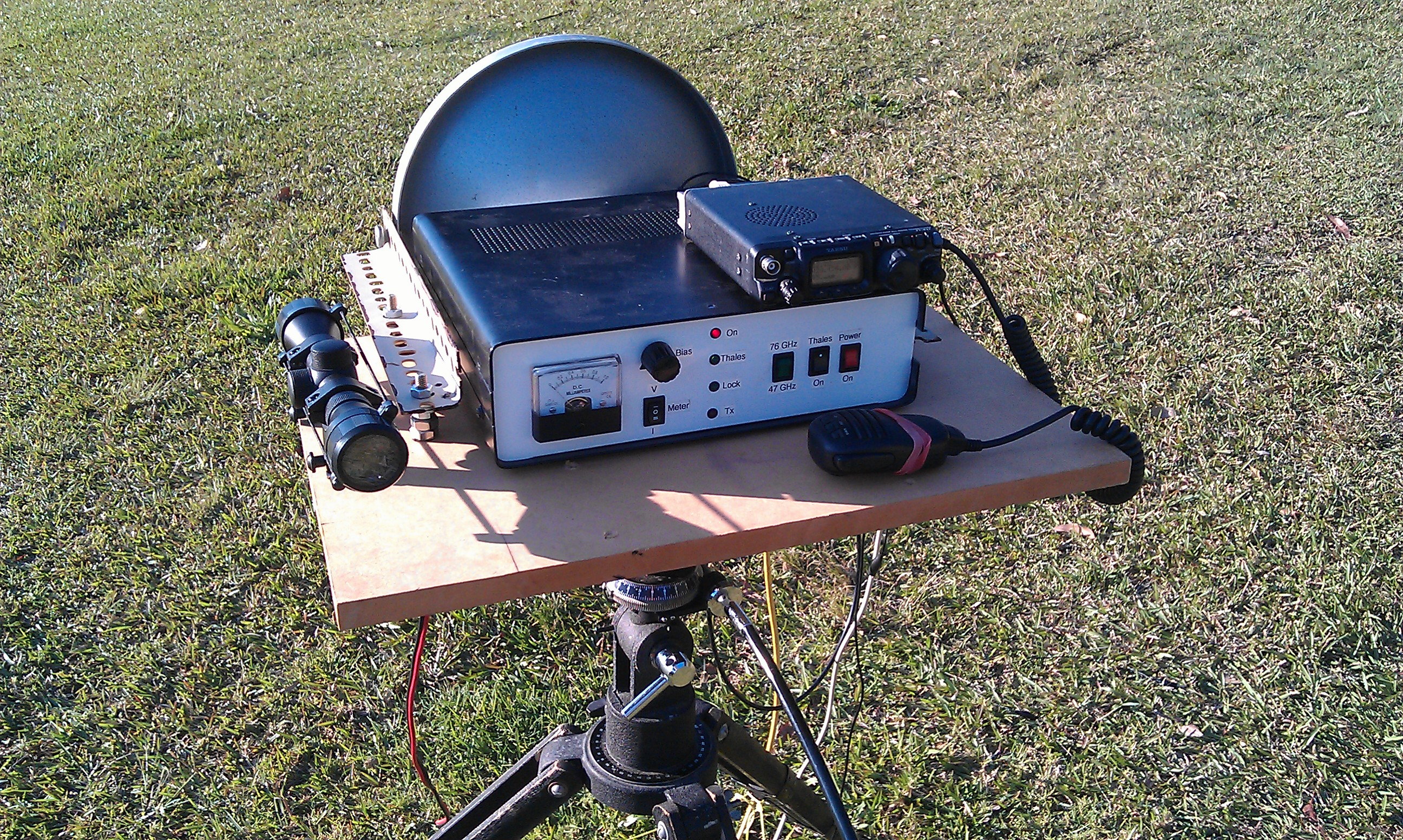 47 GHz Transverter - VK2DAG - 472 KHz to 474 THz -
